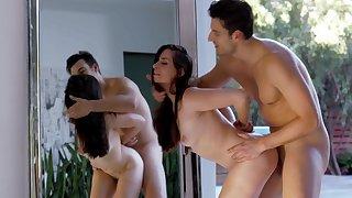 Teen enjoys cum on ass after fantastic romance