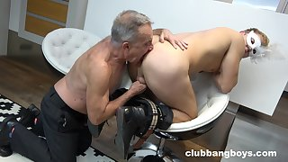 Old gay dude licks a guy's ass and sucks his dick hardcore