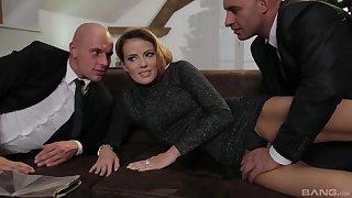 Blonde MILF Samantha Johnson gets two cocks and eats cum