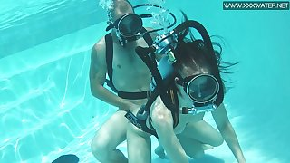 Unforgettable scuba sex with naughty red haired chick Minnie Manga