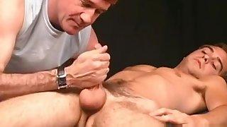 Treinador volta a atacar: delicia de massagem